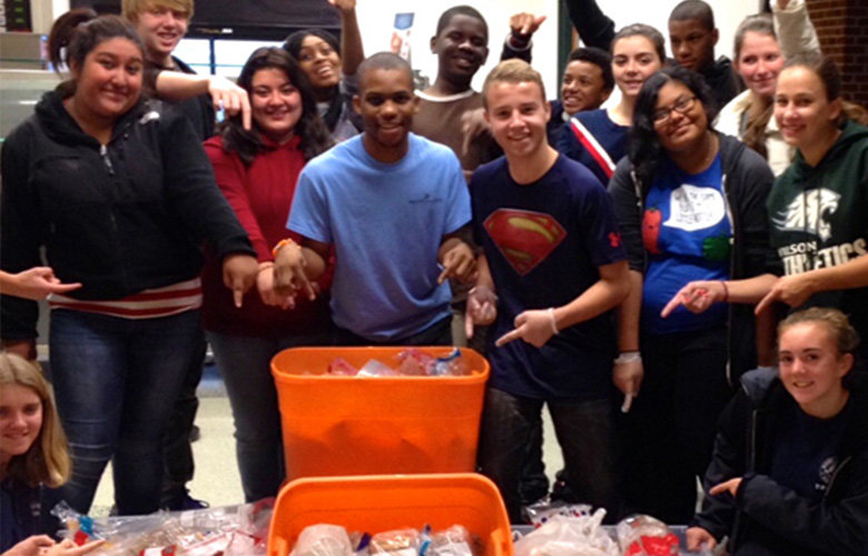 Amazing kids feed thousands of homeless – their inspiring story and how they got started