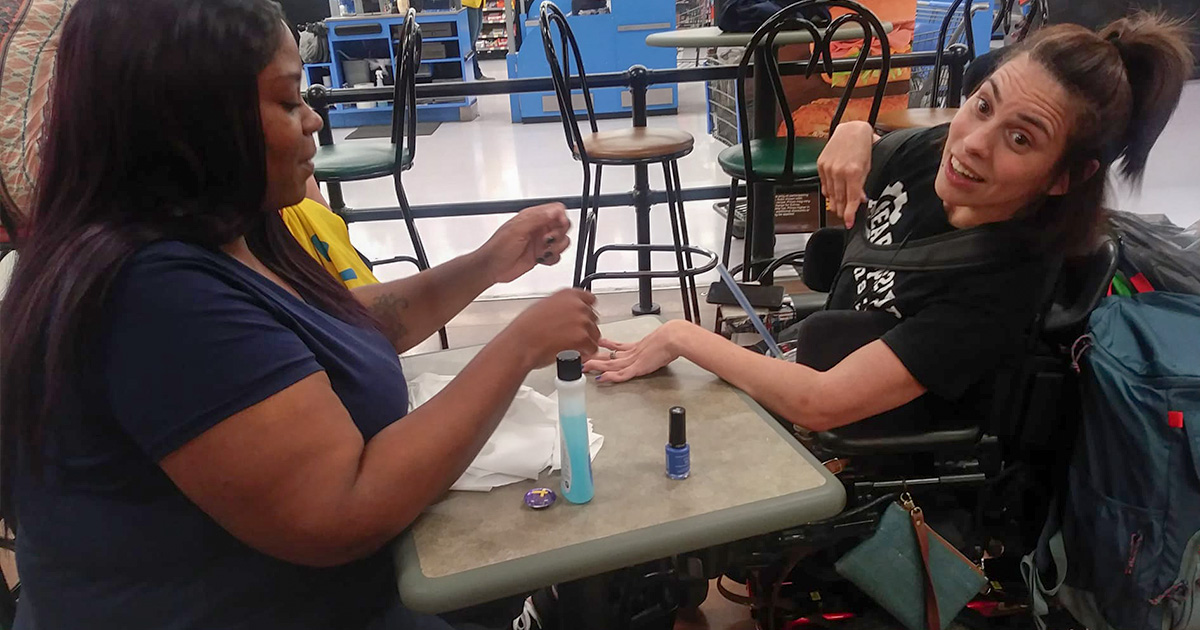 Walmart Employees to the Rescue When Nail Salon Turns Away Customer