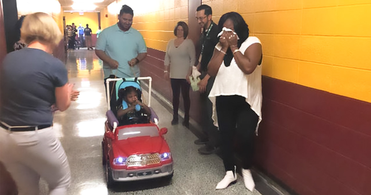 Students Build Electric Cars for Kids with Disabilities